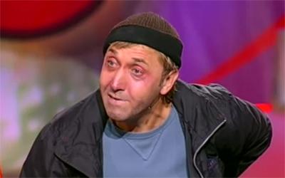 Олег Акулич - 'Дворник и журнал на скамейке' смотреть онлайн